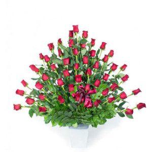 Arreglo Floral Con Rosas Floreria Patsy Entregas De Rosas Y Detalles Delivery